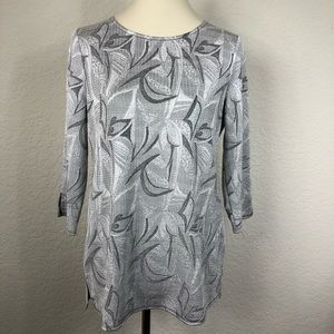 Chico's Easywear Silver Floral Blouse Sz 0